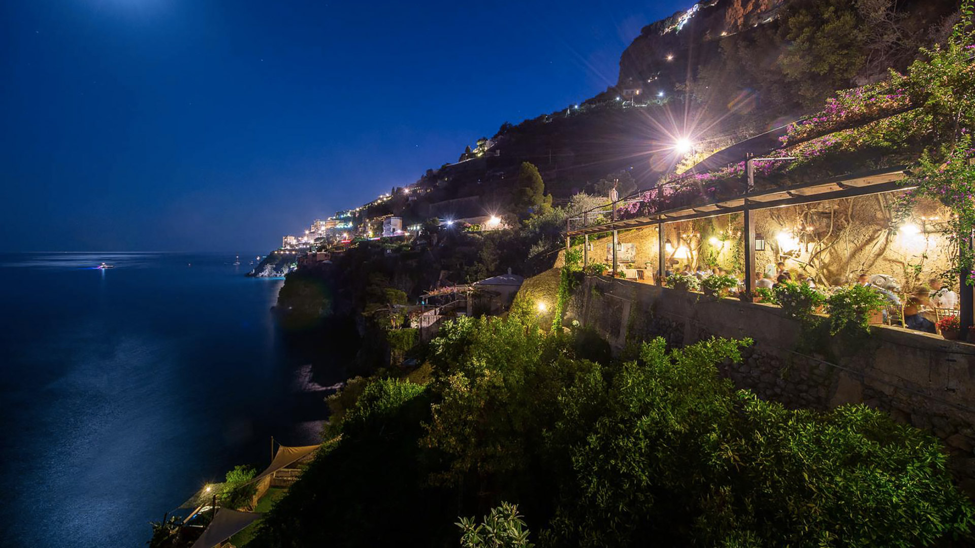 villa sgrosso dimora di mare night view